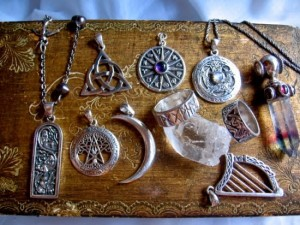 wiccan-amulets-and-talismans