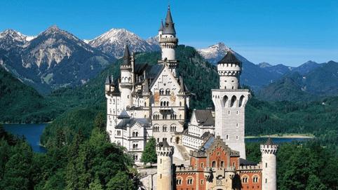 Zamek Neuschwanstein.