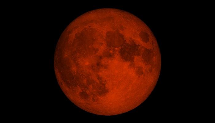 Czerwony księżyc - kiedy występuje i jakie ma znaczenie